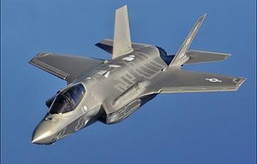 ЗША ўхвалілі продаж Японіі больш як ста звышсучасных F-35
