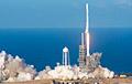 SpaceX отправила на орбиту 60 спутников для раздачи интернета
