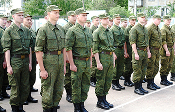 Another Emergency Situation In Belarusian Army: Soldier Tries To Cut His Wrists