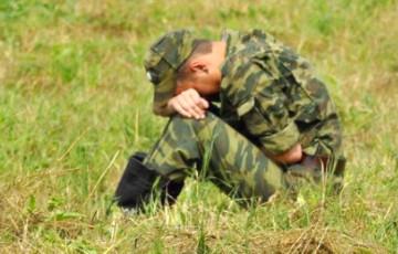 На занятиях по огневой подготовке солдат выронил гранату в окоп