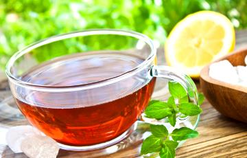 Диетологи назвали пять самых полезных видов чая