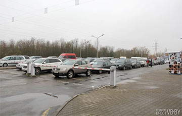 Белорусские рабочие массово уезжают в соседние страны и Чехию