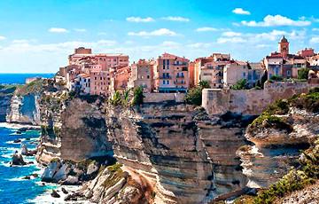 Ученые обнаружили на Корсике загадочный «город» возрастом 1700 лет