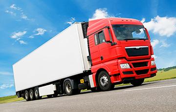 На грузовики, нарушившие COVID-правила, будут ставить трекеры