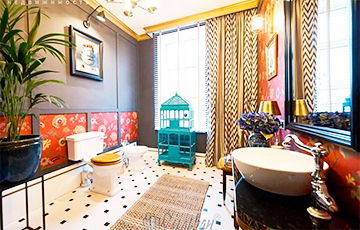 Фотофакт: Минчанам досталась квартира с самой необычной ванной комнатой