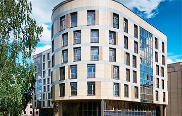 Почем продают квартиры в «засекреченной» новостройке в центре Минска