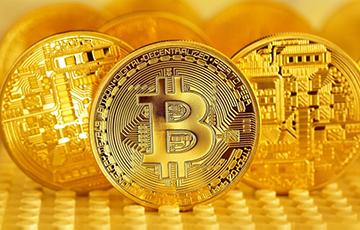 Очередной рекорд: курс биткоина превысил 38 тысяч долларов