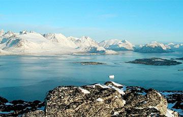 В Гренландии ученые обнаружили под ледником загадочную находку