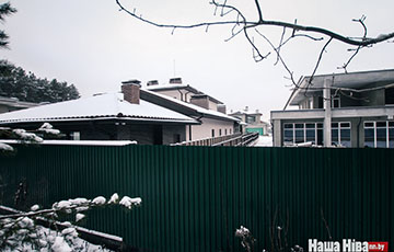 Министр Жарко построил коттедж в закрытом поселке