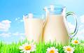 Ученые советуют пить молоко вместо воды