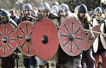 Ученые нашли под землей странные сооружения викингов