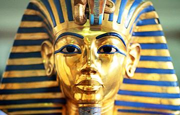 Навукоўцы адчынілі таямнічы куфар з пахавальні Тутанхамона