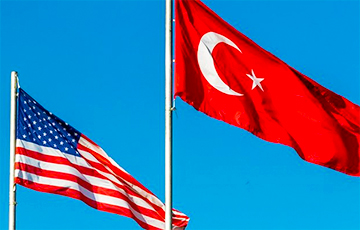 Экономика Турции впала в рецессию
