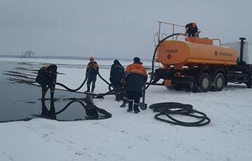 Трещина на участке нефтепровода Мозырь — Брест: произошел разлив нефти