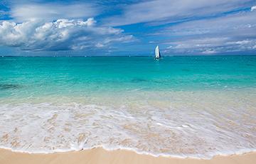 Коронавирус: как избежать заражения во время жары и пляжного сезона