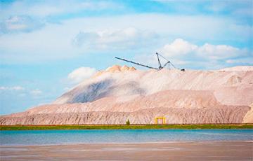 Солигорские шахтеры: Такой завал будут разбирать неделю