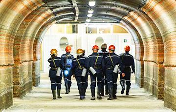 Работникам «Беларуськалия» предложили уйти на каникулы за свой счет