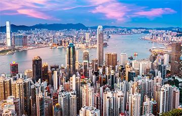 В Гонконге начали раздачу «вертолетных денег»