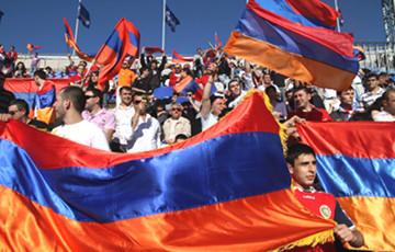 Пашинян объявил о втором этапе революции в Армении