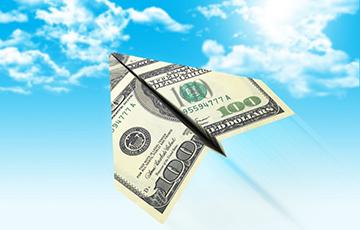 Экономисты выделяют два основных сценария развития ситуации на валютном рынке