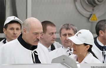 "Authorities Are Afraid To ""Outsleep"" Revolution In Belarus"