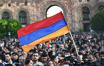 Что изменилось за год после революции в Армении