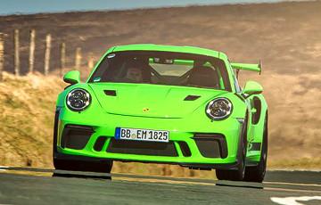 Porsche выплатит сотрудникам по €9700 за их усердие