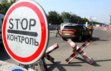 В Березе установили блокпост, военные досматривают машины