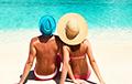 Ученые назвали самый простой способ, как не набрать лишний вес во время отпуска