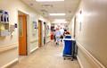 Видеофакт: В больнице Минска мужчина обменялся обувью с пациентом, пока тот спал