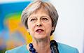 Опрос: Партия Терезы Мэй выиграла бы досрочные выборы в Британии