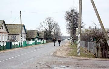 Лукашенко: Я ни разу не перевернулся, проезжая по отремонтированной мной дороге