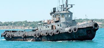 Видеофакт: Российский корабль идет на таран украинского рейдового буксира