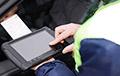 За чей счет инспекторам ГАИ начнут раздавать планшеты?