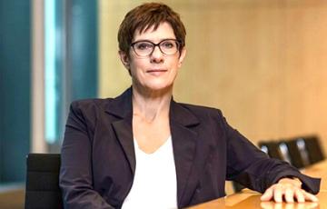 Министр обороны Германии назвала условие для нормализации отношений с Россией