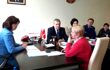 «18 членов комиссии сидят по периметру кабинета, а посередине стул для «тунеядца»