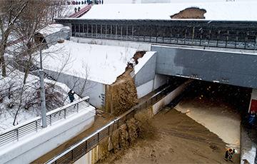 В Москве затопило тоннель после прорыва дамбы