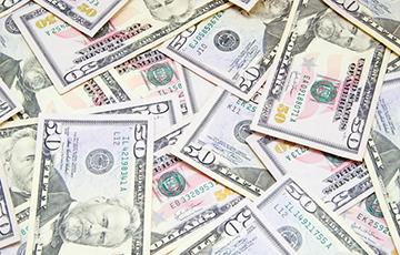Тры кіты і вялікая чарапаха: што чакае амерыканскую валюту і рубель