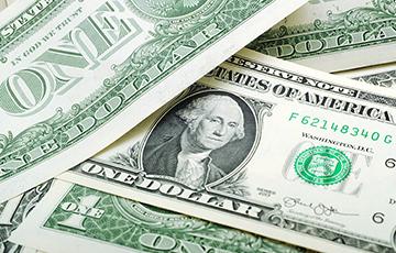 Доллару осталось чуть-чуть, чтобы побить исторический рекорд