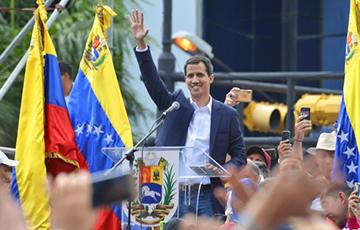Хуан Гуаидо: Если нам придется заседать на улице, мы сделаем это
