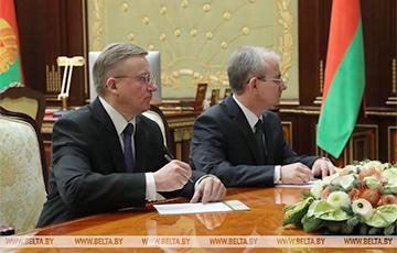 Lukashenka Appoints New Ambassadors To Spain, Poland
