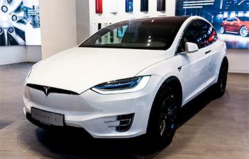 Илон Маск объявил о продаже автомобилей Tesla за биткоины