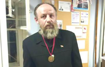 В Минске медалью за героический поступок наградили отца БАПЦ Викентия