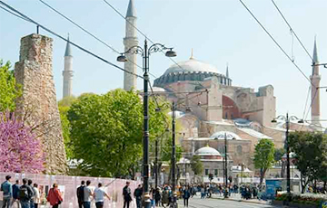 Из Софийского собора в Стамбуле могут снова сделать мечеть