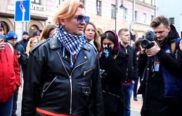 СМИ: В Минске задержали жену Лявона Вольского