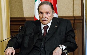 Умер экс-президент, правивший страной с 1990-х