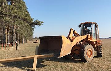 Lukashenka: Don't Wail About Demolished Crosses