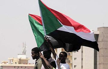 Военные в Судане снова попытались захватить власть