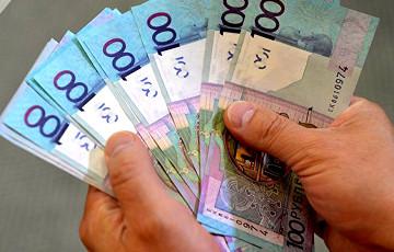 У Беларусі сталі падрабляць 100-рублёвыя банкноты