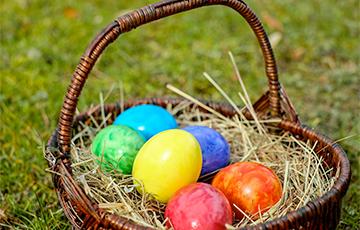 Как оригинально покрасить яйца на Пасху